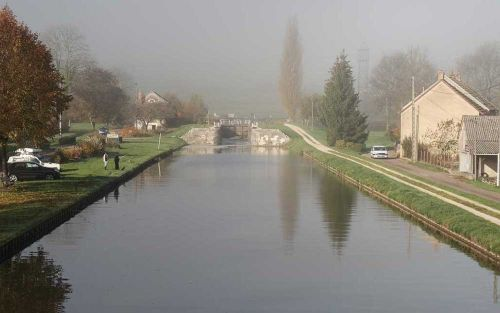 La Reine Pedauque | Morning fog on the canal