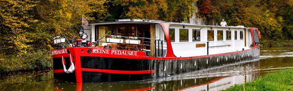 La Reine Pedauque mooring in the Ouche valley
